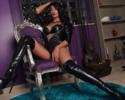 MISTRESS DEVVONA !!! STRICT AND SEXY DOMINATRIX !!!