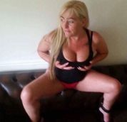 High class Hungarian mature lady in Luton