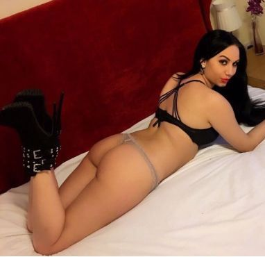 ❤️ NEW ! GFE ,HUNGARIAN MODEL MARBLE ARCH ❤️ Selfie pics