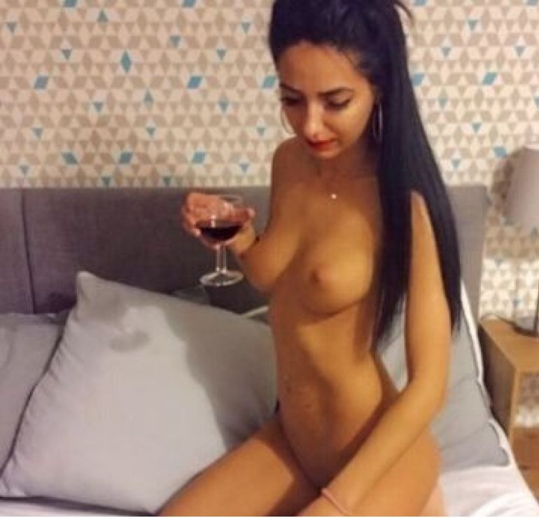 Sexy Anayss new slim girls 100%real pict