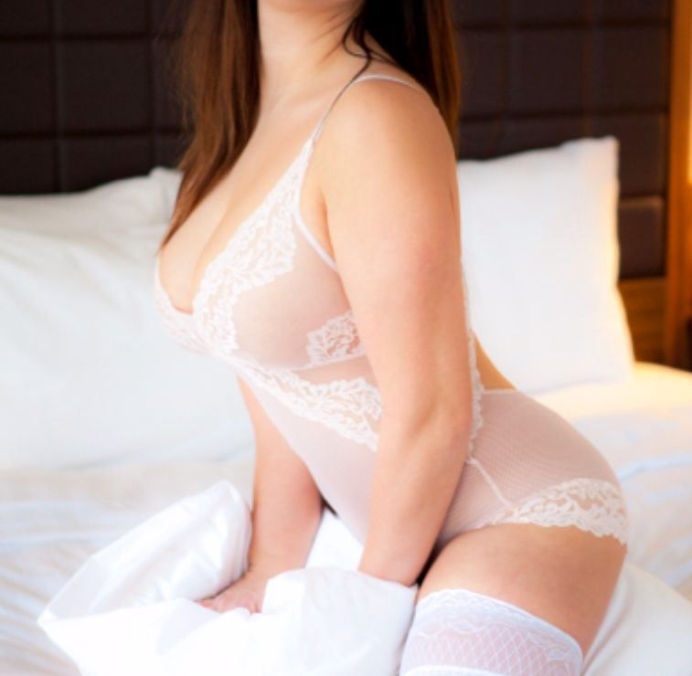 LEEDS CITY CENTRE ESCORTS | YORKSHIRE OUTCALL ESCORTSNEW