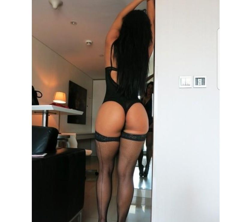 Hy my name VALENTINA hot busty CALL ME