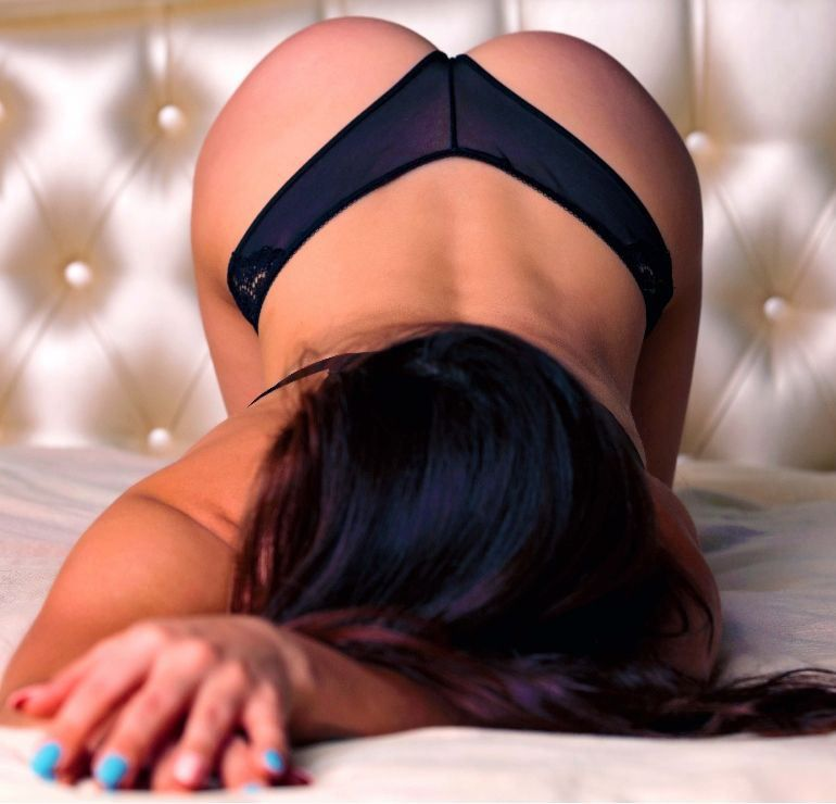 Sexy English Classy Izzy to visit you at your place xx