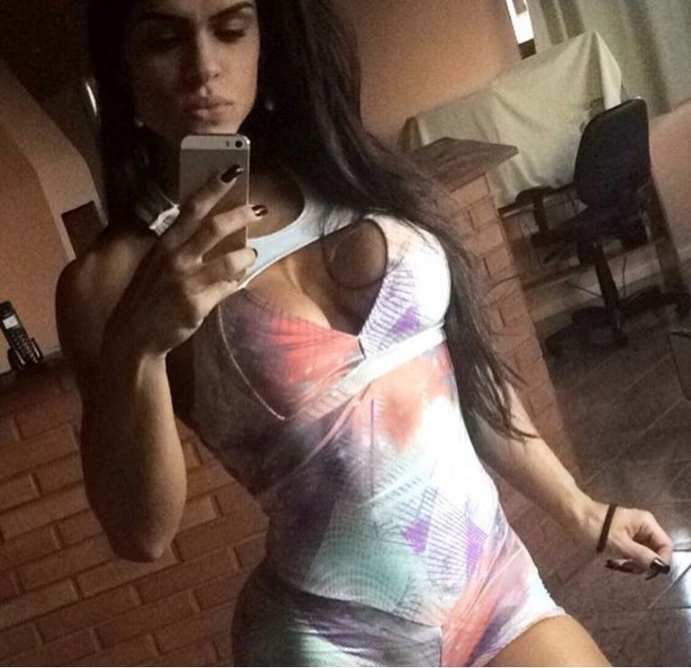 24h 7d HOT and SEXY BRAZILIANS in KILBURN 07936974766