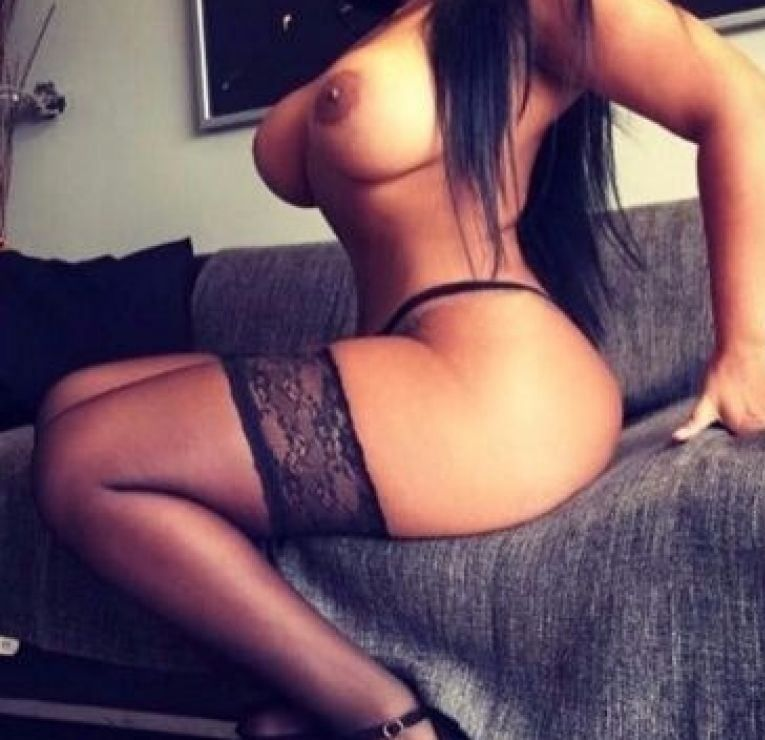 Gay male escorts in lincoln