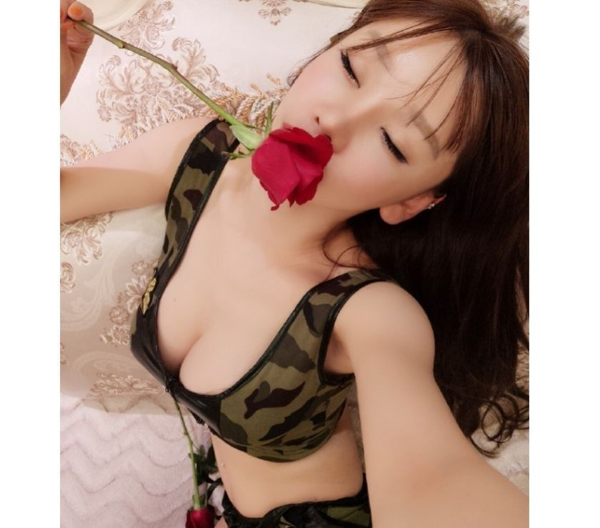 How to find long term chinese escort in singapore dogging escorts tamasenco