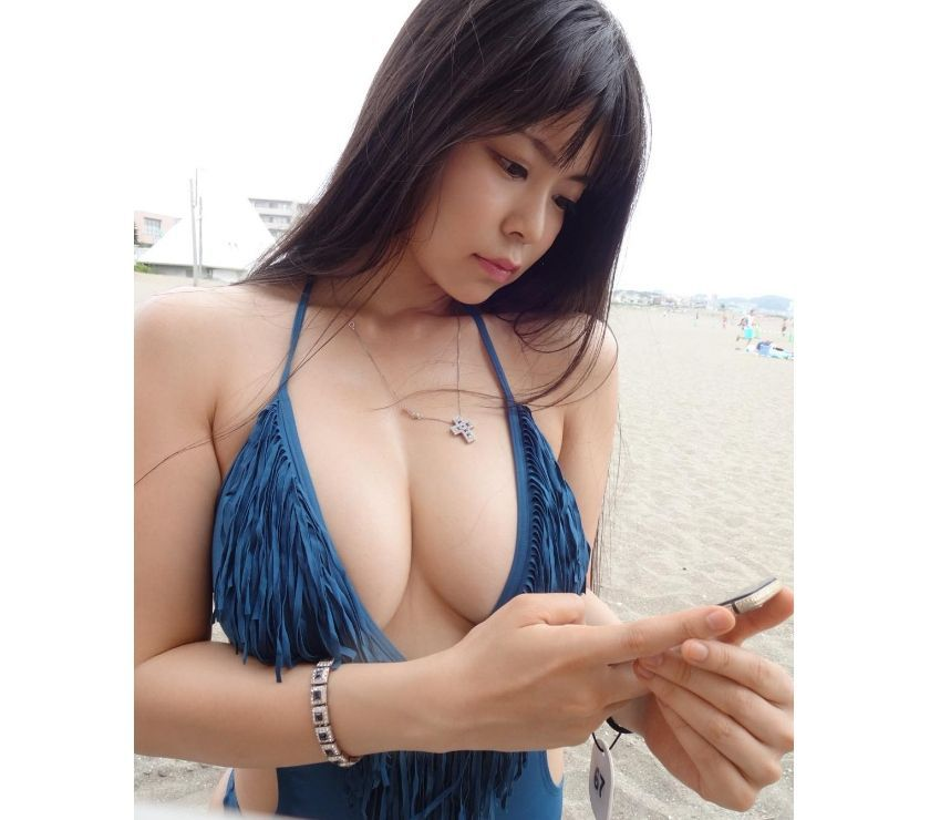 Sexy Independent Asian Escort Girl in M1 Piccadilly