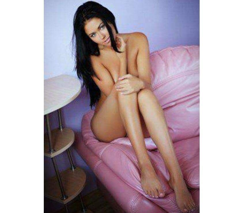 CRISS new BRUNETTE and SEXY girl BEST SERVICE GFE